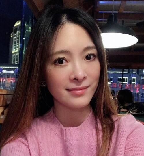 44岁台湾艺人刘真病逝 抢救33天无效身亡